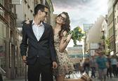 Casal feliz namorando — Foto Stock