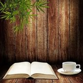 Read and write with coffee cup — Stock Photo
