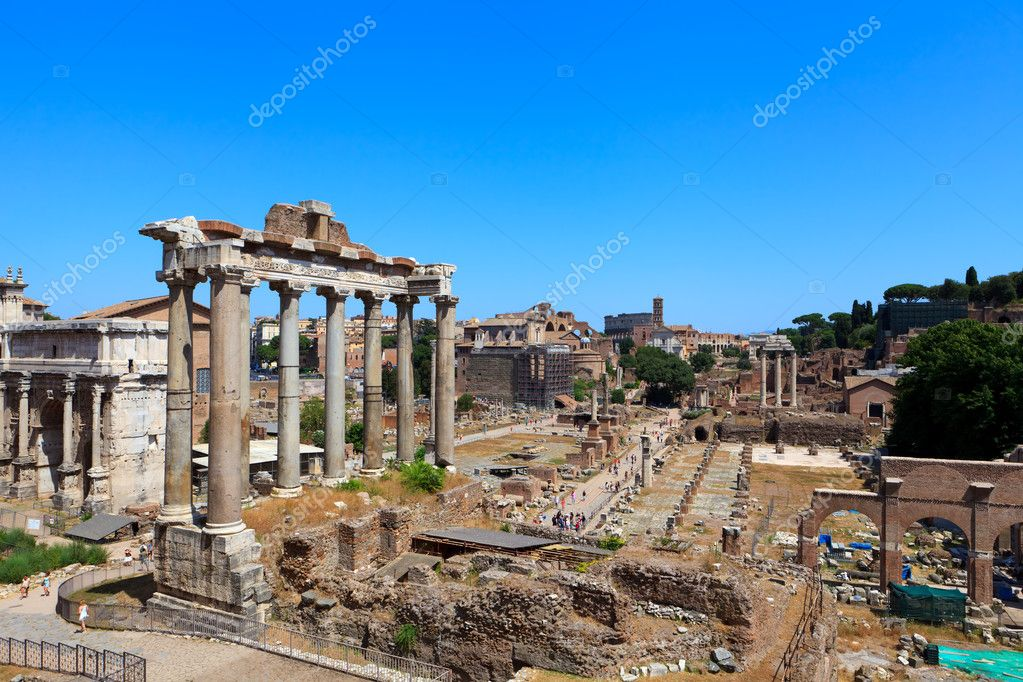 Roman forum ruins. Rome. Italy. Mediterranean Europe. — Stock Photo #11954120