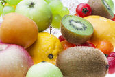 The fruits on the table — Stock Photo