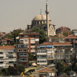 Harem side of Istanbul Bosphorus — Stock Photo