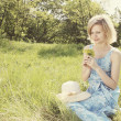 Girl in the meadow - Lizenzfreies Foto