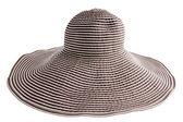Pruhovaný klobouk — Stock fotografie