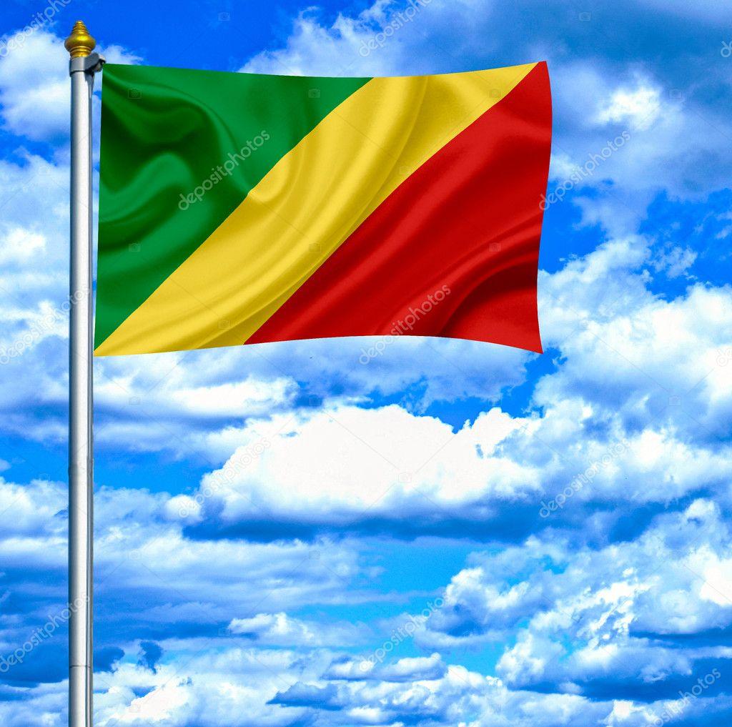 刚果对蓝蓝的天空挥旗