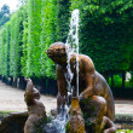 Schonbrunn palace park in Vienna Austria - Fountain detail — Stock Photo