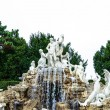 Neptune fountain - Schonbrunn palace Vienna Austira — Stock Photo