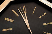 Golden wall clock — Stockfoto