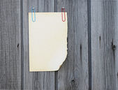 Blank note paper on wood board — Stock Photo