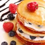 Plate of pancakes — Stock Photo