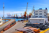 Puerto comercial del mar — Foto de Stock