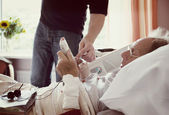 Old man in hospital — Stock Photo