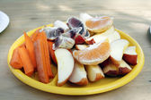 Fruit and Vegetable Snack Plate — Stock Photo