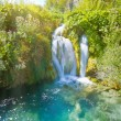Waterfall and lake — Stockfoto