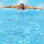 Swimming hard — Stock Photo #12162118