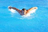 Pływanie ciężko — Zdjęcie stockowe