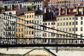 Lyon och gångbro — Stockfoto