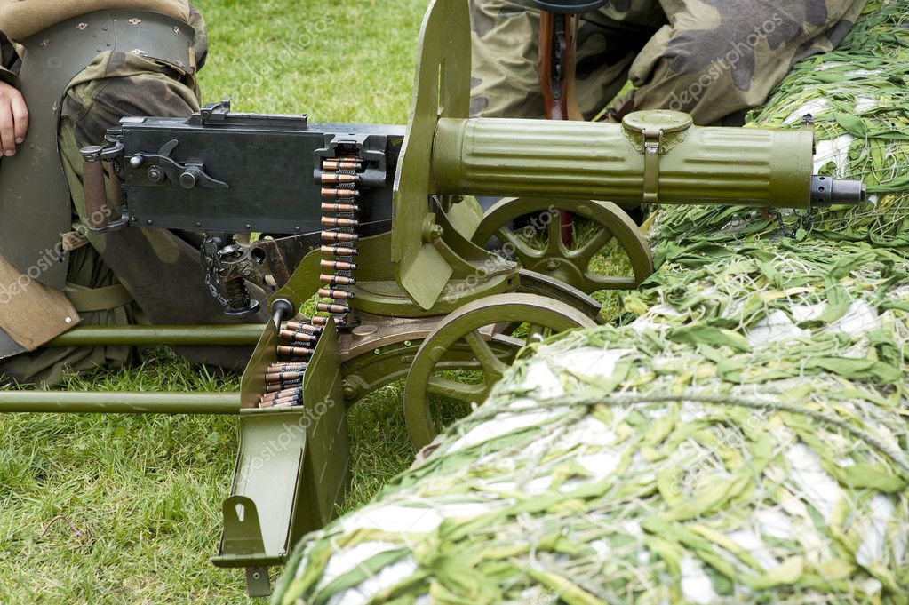 Old Powerful Military machine Gun - Maxim gun — Stock Photo #11102068