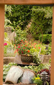 Entry into old garden near Woodinville — Stock Photo