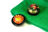 花の花と緑のタオル - 2 — ストック写真
