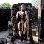 Ancient Buddha statue in Polonnaruwa - vatadage temple, UNESCO — Stock Photo #10948616