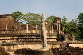 Ancient Vatadage (Buddhist stupa) in Pollonnaruwa, Sri Lanka — Stock fotografie