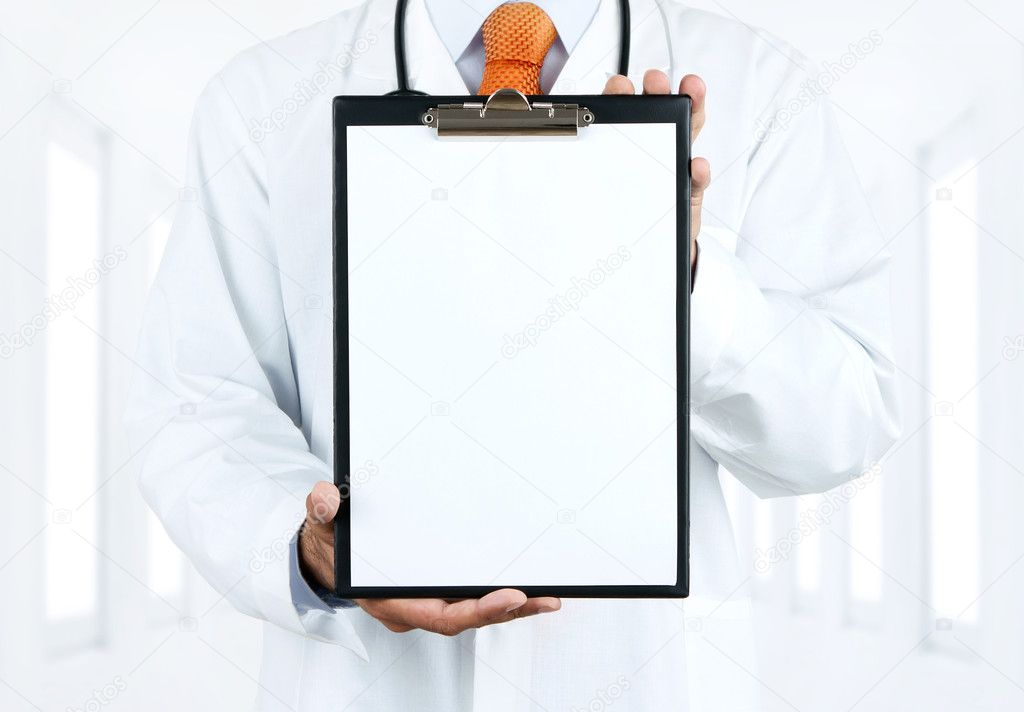 Doctor at hospital holding blank clipboard with copy space — Stock Photo #11608022