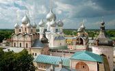 Assumption Cathedral and church of the Resurrection in Rostov — Stock Photo
