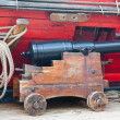 Small ancient ship gun — Stock Photo