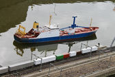 Thumbnail ship and rail in the park Madurodam. Netherlands, Den — Stock Photo