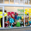 Show-window of shop of goods for kids in Gorinchem. Netherlands — Stock Photo