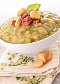 Split pea with bacon and crouton — Stock Photo