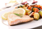 Cooked salmon and vegetables — Stock Photo