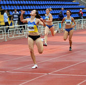 YALTA, UKRAINE - JUNE 01:(L-R) Kolesnichenko Olena, Slusarenko Katerina, Lebed Anastasia compete in the 400 meters race — Stock Photo