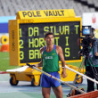 Thiago Braz da Silva from Brazil the winner in pole vault competition on IAAF World Junior Athletics Championships on July 12, 2012 in Barcelona, Spain. — Stock Photo