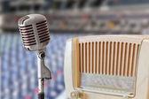 Vintage microphone and radio — Stock Photo