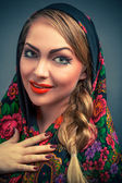 Gorgeous russian woman in shawl — Stock Photo