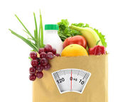 健康的饮食习惯。在一个纸袋中的新鲜食品 — 图库照片
