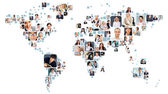 Dünya haritası şekil olarak yerleştirilen farklı portre koleksiyonu — Stok fotoğraf