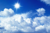 Sunny sky background — 图库照片