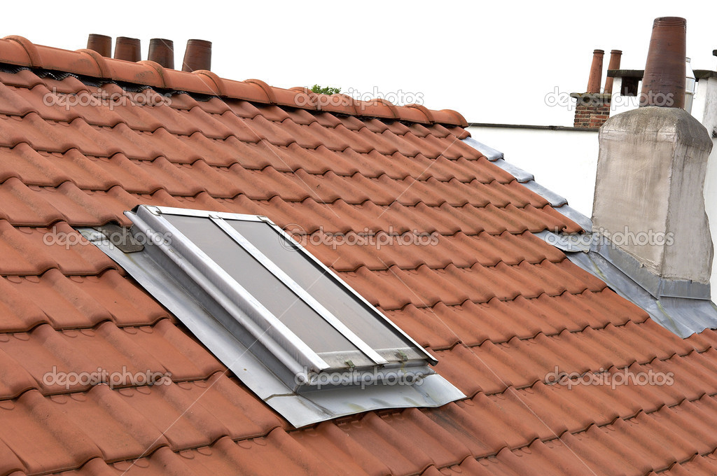 New roof with skylights — Stock Photo #11144721