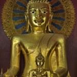 Thailand, Chiang Mai, Prathat Doi Suthep Buddhist temple, golden Buddha statue — Stock Photo #11096164