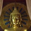 Thailand, Chiang Mai, Prathat Doi Suthep Buddhist temple, golden Buddha statue — Stock Photo