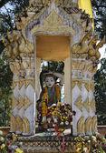 Thailand, Chiangmai, Prathat Doi Suthep Buddhist temple, religious statue — Stock Photo