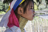 Thailand, Chiang Mai, Karen Long Neck hill tribe village (Baan Tong Lhoung), Long Neck woman in traditional costumes. Women put brass rings on their neck when they are 5 or 6 years old and increase th — Stock Photo