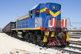 Shunting locomotives jumped the rails — Stock Photo