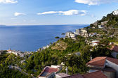 Ravello, Amalfi Coast, view towards the city of Minori, road cro — ストック写真
