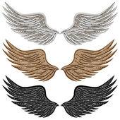 Detailed Bird Wings — Stock Vector