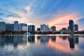 Orlando sunset over Lake Eola — Stock Photo