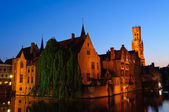 View from the Rozenhoedkaai at the Old Town of Bruges at dusk — Stock Photo