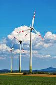 éolienne d'une centrale éolienne d'électricité — Photo